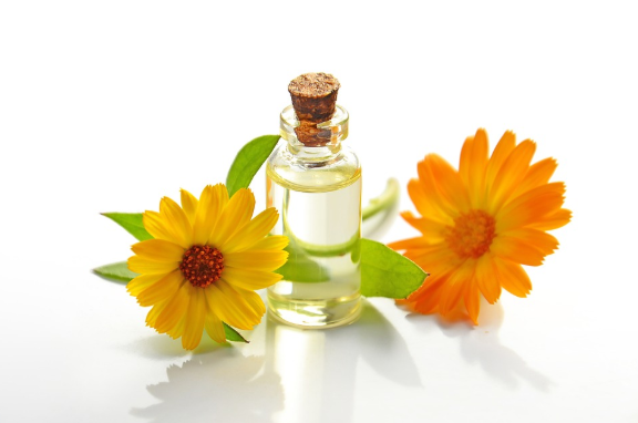 7 Best Essential Oils for Relieving your Cold and Flu Symptom